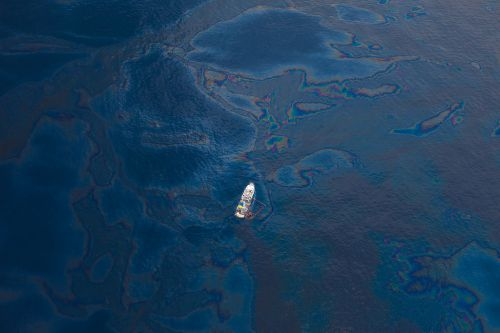 1024px-deepwater_horizon_oil_spill_-_gulf_of_mexico