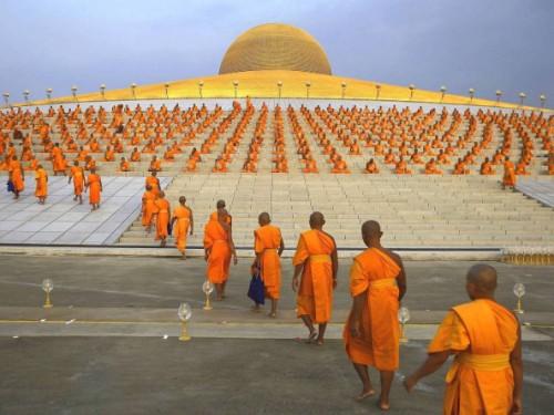 million-buddhas9